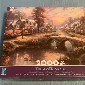 Thomas Kinkade Puzzle of Light 2000 pieces